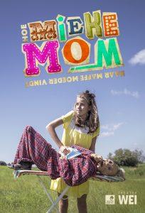Hoe Mieke Mom haar Maffe Moeder Vindt